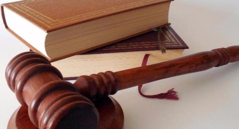 Porady prawne, Błędne adnotacje listonosza przesyłce sądowej skutki procesowe strony - zdjęcie, fotografia