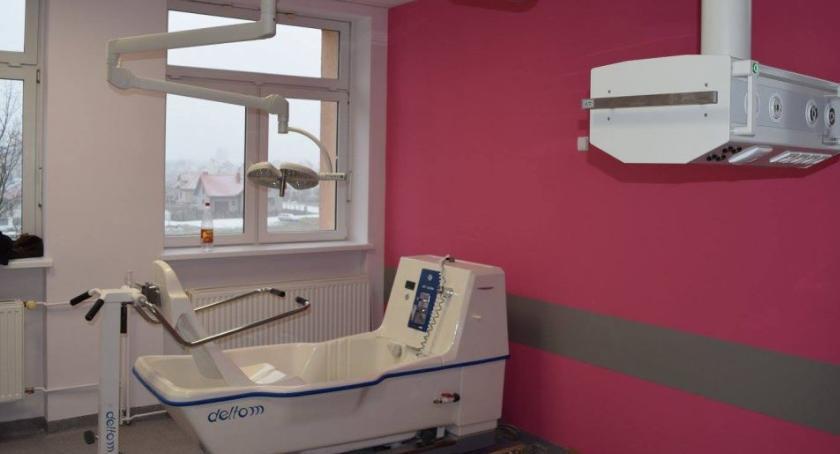 Szpital i opieka społeczna, Położnictwo neonatologia czekają pacjentów - zdjęcie, fotografia