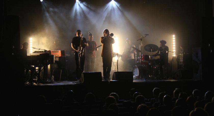 Koncerty, Komeda Dilla zagrali Łowiczu - zdjęcie, fotografia