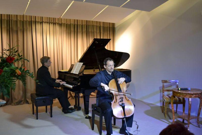 Koncerty, Sezon koncertowy Sannikach rozpoczęty - zdjęcie, fotografia