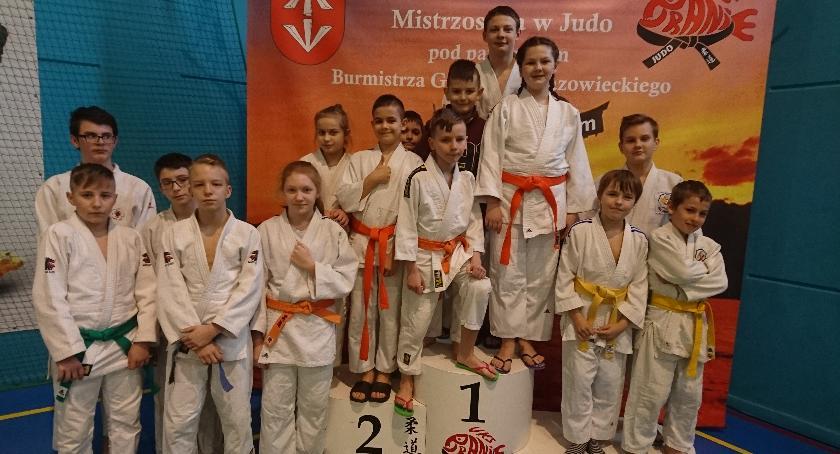 Sporty walki, Starty łowickich judoków międzynarodowym turnieju mistrzostwach Polski - zdjęcie, fotografia