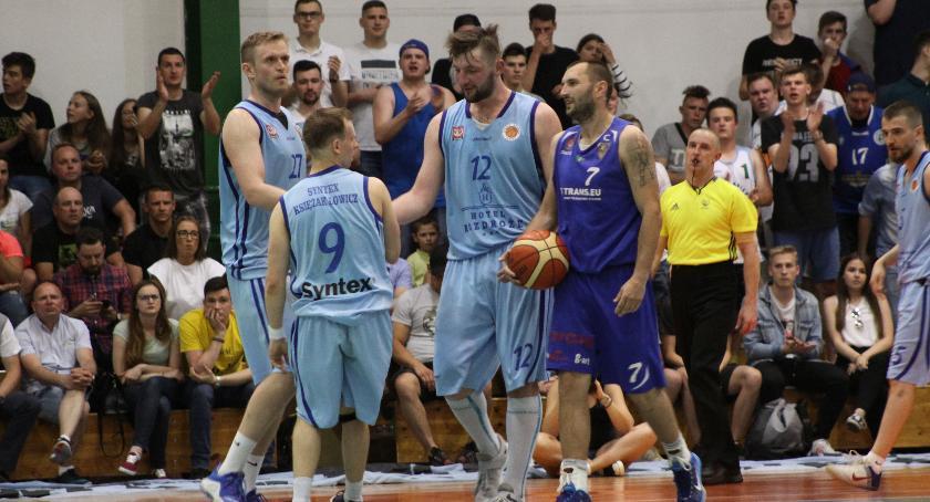 Koszykówka, Syntex Księżak jedzie Wałbrzycha PZKosz przedstawił wytyczne działaczom Górnika - zdjęcie, fotografia