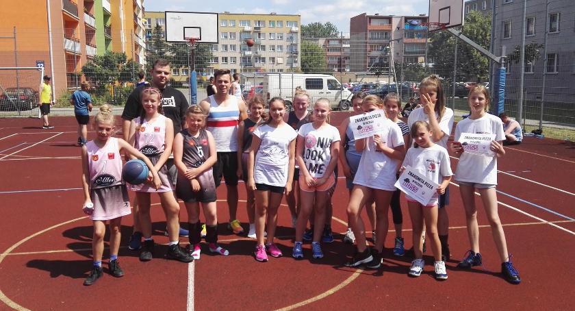 Koszykówka, Turniej basketu łowickich Bratkowicach - zdjęcie, fotografia