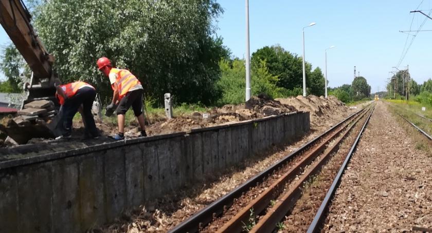 Gospodarka, Łowicz okolice ruszyła kolejna inwestycja kolejowa - zdjęcie, fotografia
