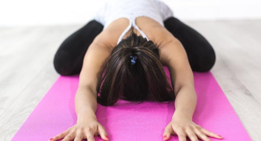 Porady zdrowotne, dbać kręgosłup - zdjęcie, fotografia