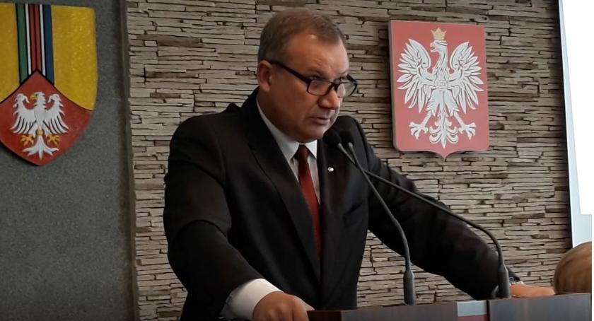 Starostwo Powiatowe, Wojewoda zakwestionował jeden składników pensji starosty - zdjęcie, fotografia