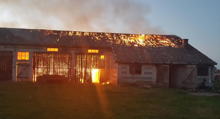 Interwencje straży pożarnej, Brodne Towarzystwo spłonęła słoma żyto wartości - zdjęcie, fotografia
