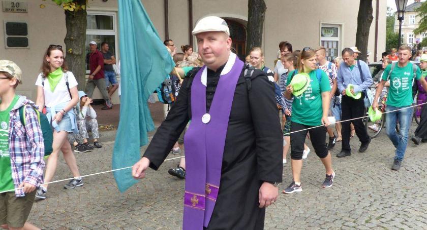 Kościół, Jacek Zieliński ludzi dobrej więcej - zdjęcie, fotografia