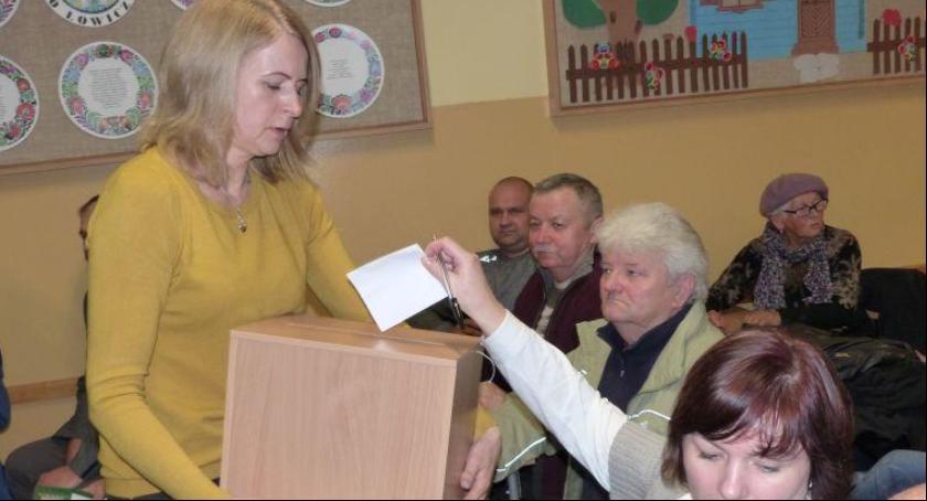Urząd Miejski, Można składać propozycje budżetu obywatelskiego - zdjęcie, fotografia