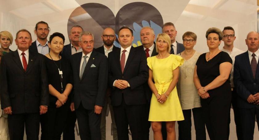 Wybory 2018, Kandydaci Porozumienie Łowickie Miejskiej Łowiczu Powiatu Łowickiego - zdjęcie, fotografia