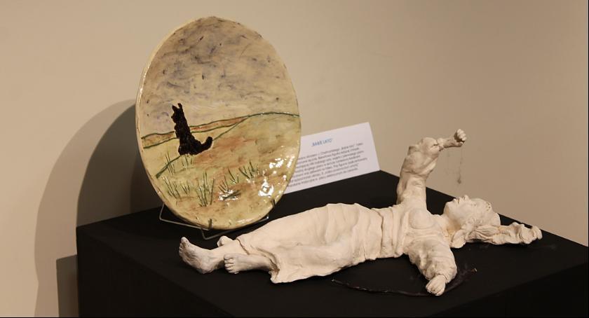 Wystawy, Można oglądać wystawę ceramiki Jadwigi Dębskiej Muzeum Łowiczu - zdjęcie, fotografia