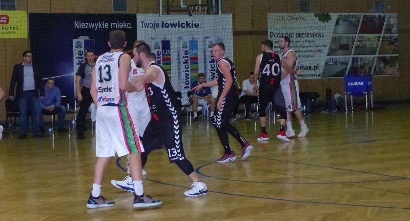 Koszykówka, Księżak przegrał Tychy choć zwycięstwo było blisko - zdjęcie, fotografia