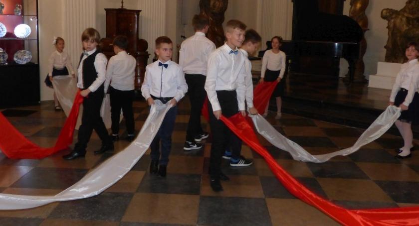 Koncerty, Polskie dźwięki niepodległościowe wykonaniu uczniów - zdjęcie, fotografia