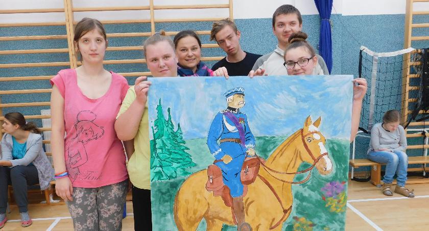 """Edukacja, """"Wielkie malowanie Stulecie Niepodległości"""" Łowiczu (ZDJĘCIA) - zdjęcie, fotografia"""