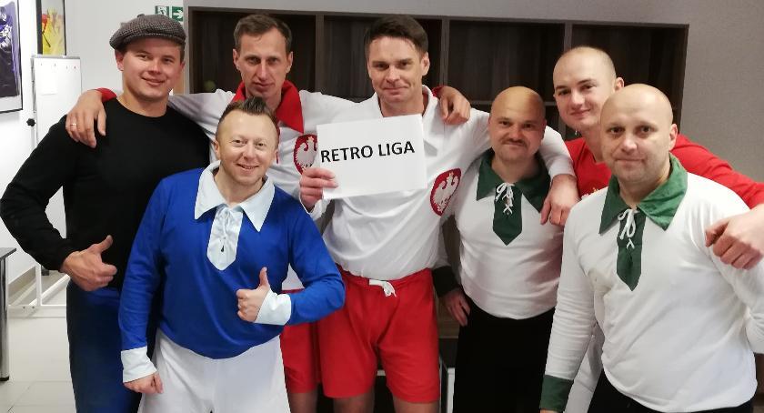 Stowarzyszenia, Retro Lidze programie Futbol - zdjęcie, fotografia
