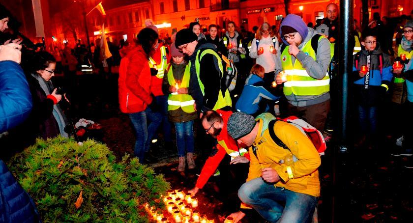 Stowarzyszenia, Łowicz listopada północy świętowano odzyskanie niepodległości - zdjęcie, fotografia