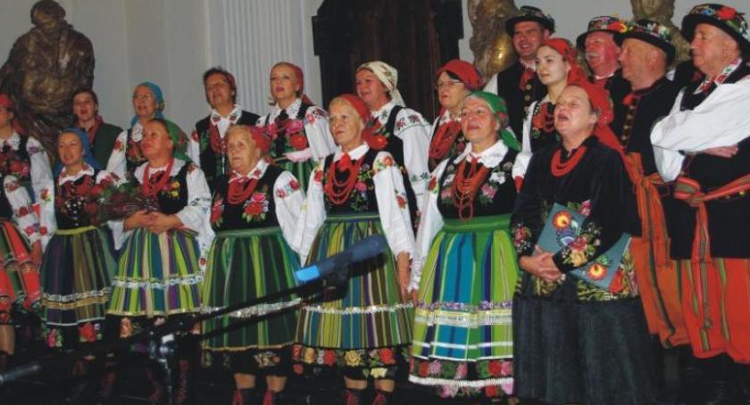 Koncerty, Pieśni patriotyczne zabrzmią gwarze łowickiej - zdjęcie, fotografia