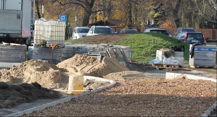Zarządy osiedli, Parking zamiast górki Dąbrowskiego - zdjęcie, fotografia