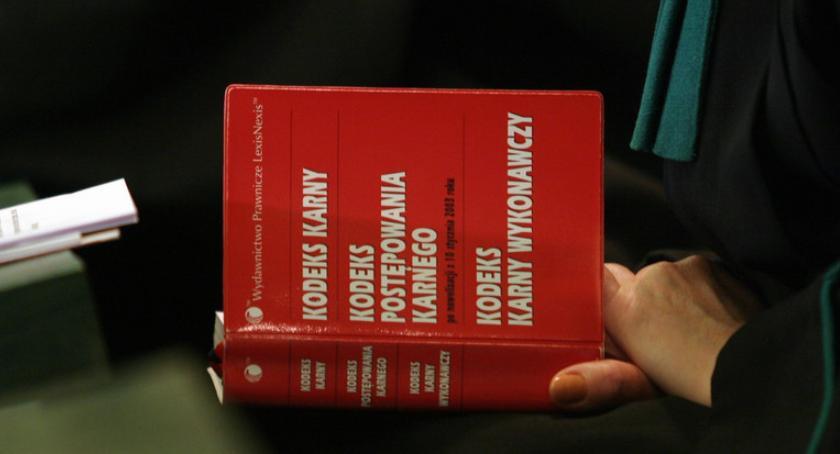 Porady prawne, Kiedy kradzież staje przestępstwem regulacje listopada - zdjęcie, fotografia