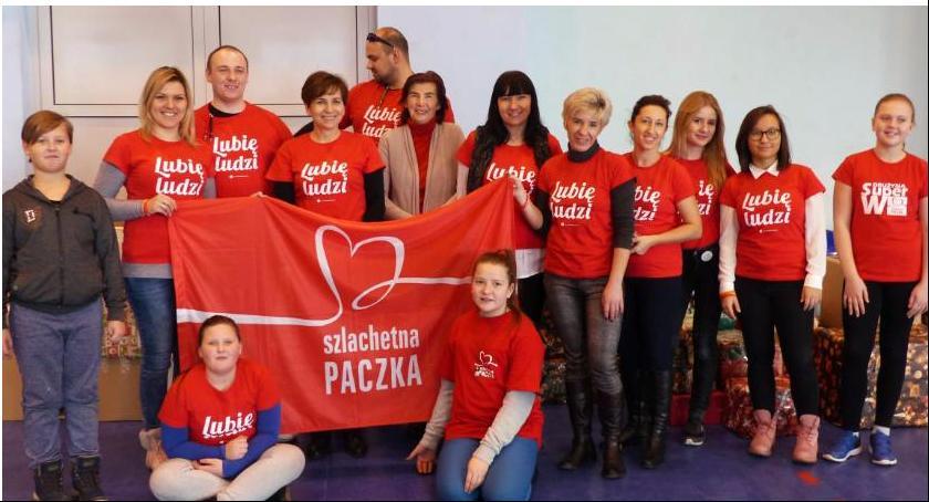 Wasze sprawy, Łowicz Ruszyła akcja Szlachetna Paczka - zdjęcie, fotografia