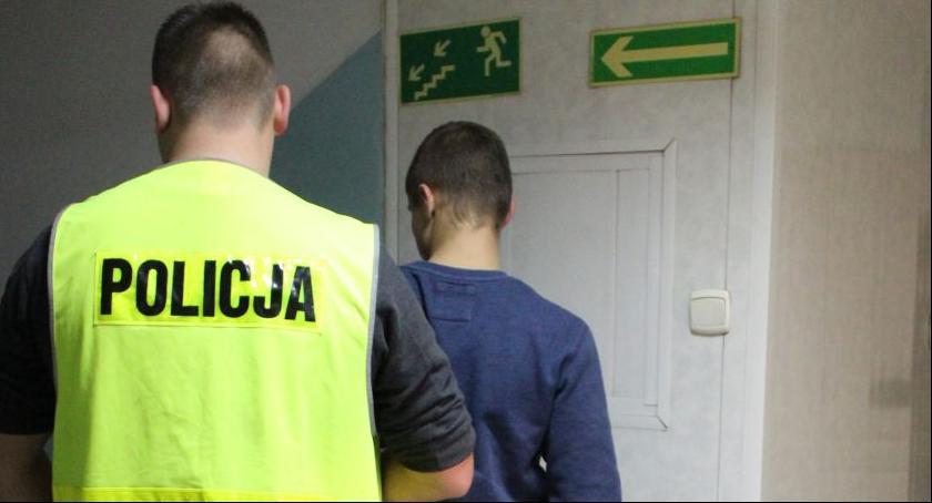 Kronika policyjna, Sprawcy kradzieży stacji paliw zatrzymani - zdjęcie, fotografia