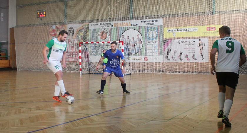 Piłka nożna, ŁoLiF wyniki kolejki Julomax kolejki - zdjęcie, fotografia