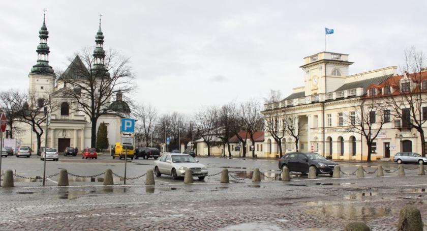 Urząd Miejski, Znamy wyniki głosowania budżetu obywatelskiego Łowicza (VIDEO) - zdjęcie, fotografia