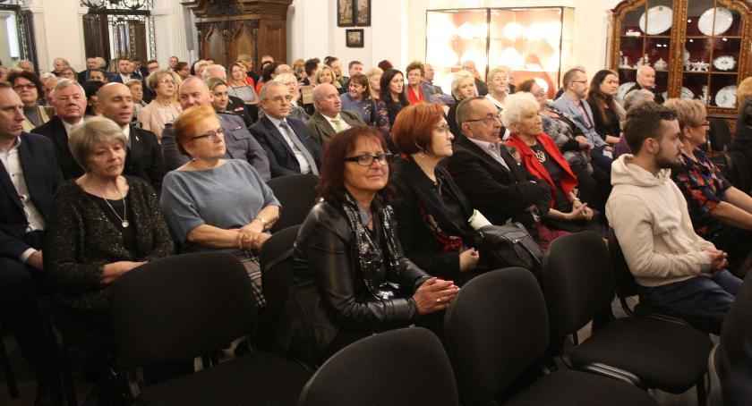 Urząd Miejski, Miejsko powiatowa wigilia Łowiczu (ZDJĘCIA) - zdjęcie, fotografia