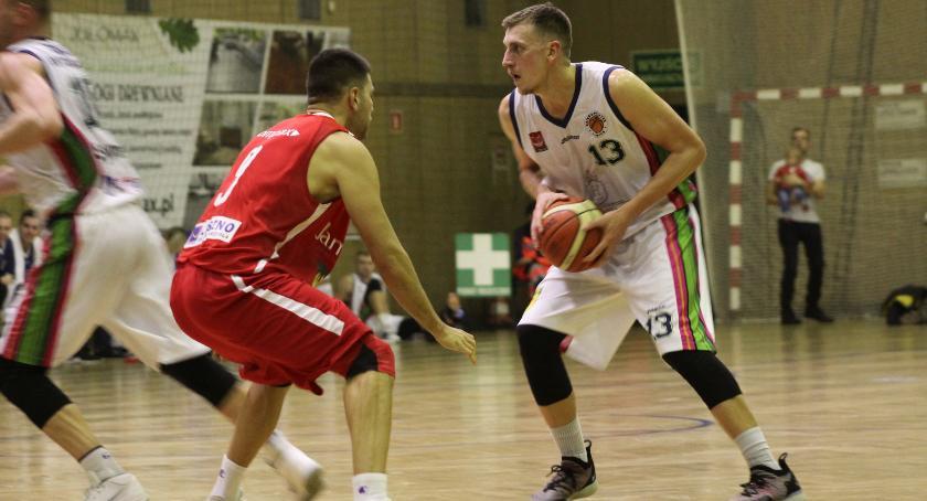 Koszykówka, Wyjazdowa porażka Księżaka Synteksu Słupsku - zdjęcie, fotografia