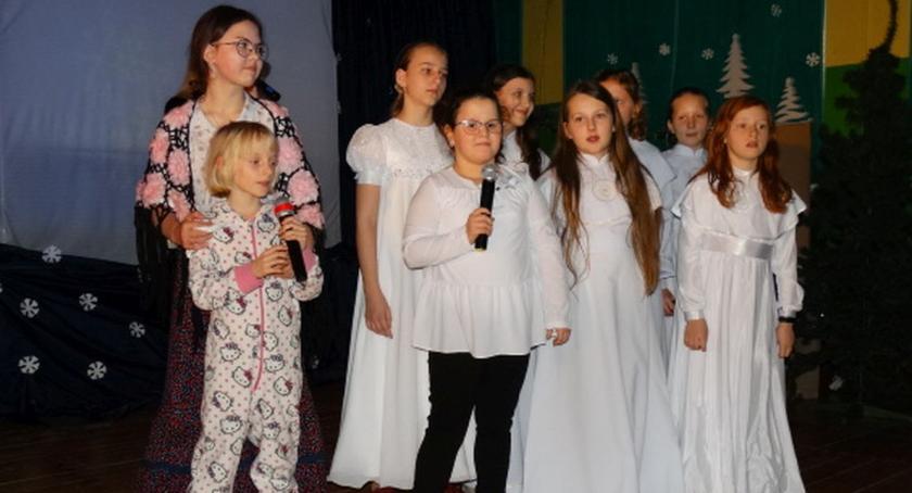 Edukacja, świątecznym klimacie Jasełka Popowie - zdjęcie, fotografia