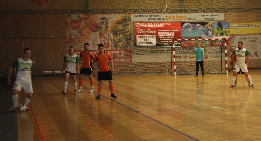 Piłka nożna, Łowicka Futsalu wyniki stycznia - zdjęcie, fotografia