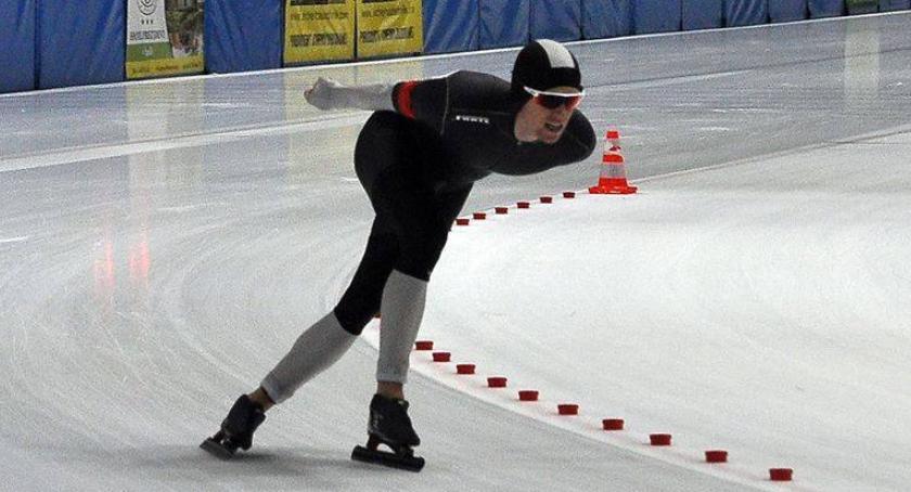 Łyżwiarstwo szybkie, Udany występ Artura Janickiego mistrzostwach Europy łyżwiarskim wieloboju - zdjęcie, fotografia