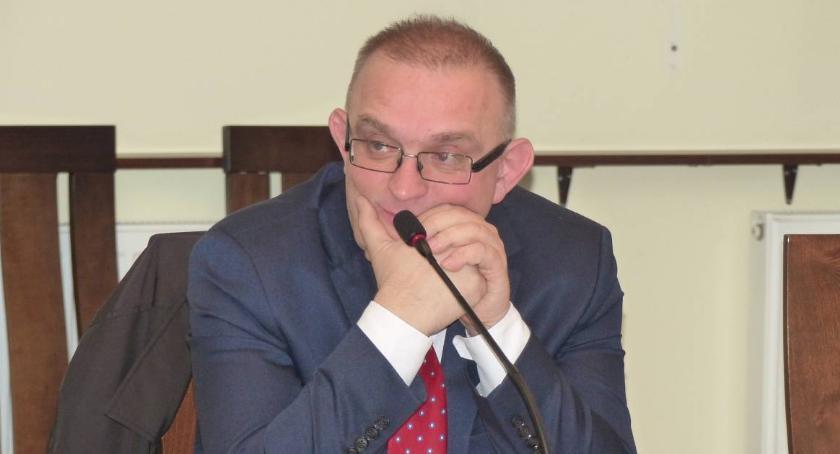 Starostwo Powiatowe, Starostwo Łowiczu porządki Rozpoczął proces restrukturyzacji - zdjęcie, fotografia