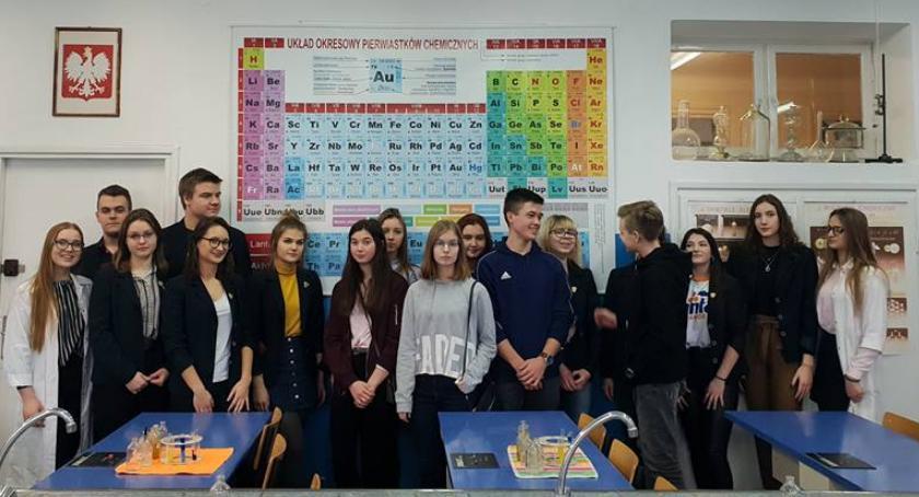 Edukacja, Uczniowie Mastek odwiedzili Łowiczu - zdjęcie, fotografia