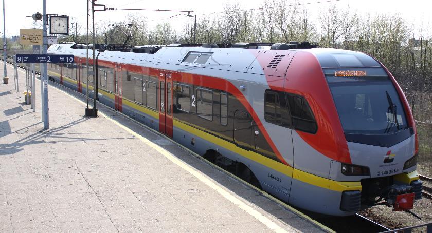 Gospodarka, Pasażerowie Przewozów Regionalnych mogą zgłaszać wnioski przyszłego rozkładu jazdy pociągów - zdjęcie, fotografia