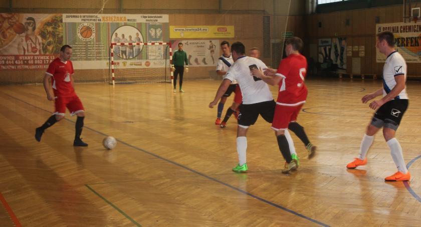 Piłka nożna, Łowicka Futsalu wyniki weekendu lutego - zdjęcie, fotografia
