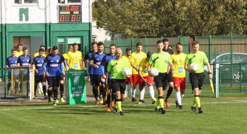 Piłka nożna, Porażka Pelikana Legionovią sparingu Kolejnym rywalem Chorzów - zdjęcie, fotografia