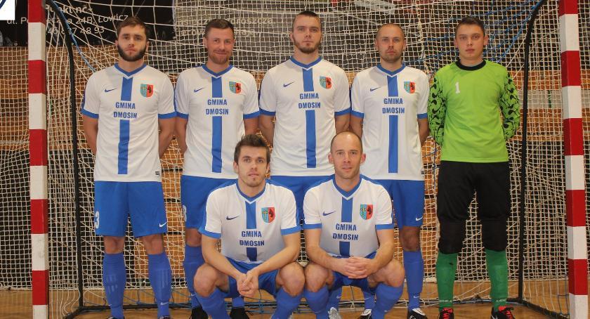 Piłka nożna, Zakończył sezon Łowickiej Futsalu Sprawdź tabele - zdjęcie, fotografia