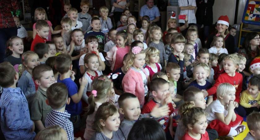 Edukacja, Łowicz ostatnie rekrutacji miejskich przedszkoli szkolny 2019/2020 - zdjęcie, fotografia