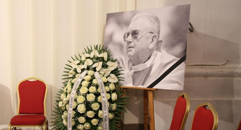 Kościół, Dlaczego biskup Alojzy Orszulik został księdzem - zdjęcie, fotografia