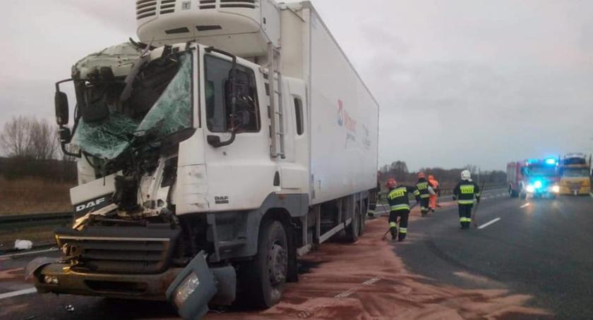 Wypadki i kolizje, Kolizje drogowe Łowickiem Kolejny kierowca stracił prawo jazdy Poznańskiej - zdjęcie, fotografia