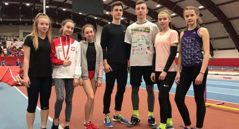 Lekkoatletyka, Medale lekkoatletów ziemi łowickiej mistrzostwach zrzeszenia województwa łódzkiego - zdjęcie, fotografia