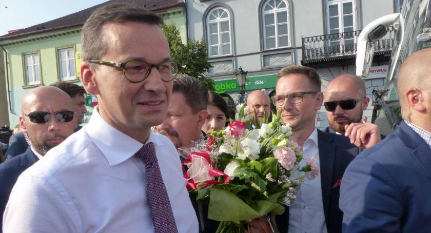Starostwo Powiatowe, Premier Mateusz Morawiecki odwiedzi Łowicz podczas Ogólnopolskiego Sołtysa - zdjęcie, fotografia