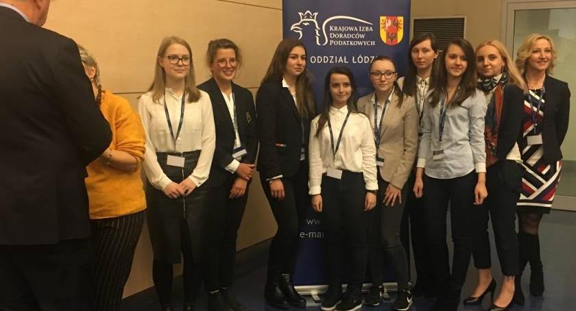 Edukacja, Uczennica finalistką etapu wojewódzkiego Konkursu Wiedzy Podatkach - zdjęcie, fotografia