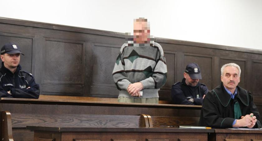 Z sali rozpraw, Zabójstwo targowisku Łowiczu Ruszył proces letniego Józefa (ZDJĘCIA) - zdjęcie, fotografia