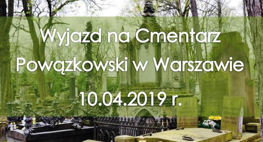 Urząd Miejski, Trwają zapisy wyjazd Cmentarz Powązkowski Warszawie - zdjęcie, fotografia