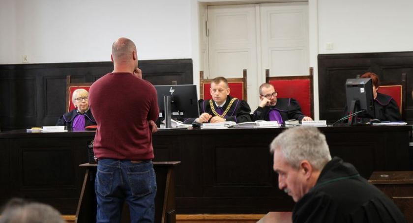 Z sali rozpraw, Proces Józefa Łowicza oskarżonego zabójstwo kolegi zeznawali świadkowie - zdjęcie, fotografia