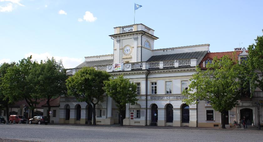 Urząd Miejski, Konkurs najlepszą pracę dyplomową związaną Łowiczem - zdjęcie, fotografia