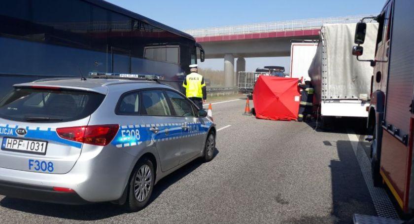 Wypadki i kolizje, Śmiertelny wypadek autostradzie wysokości Seligowa AKTUALIZACJA - zdjęcie, fotografia