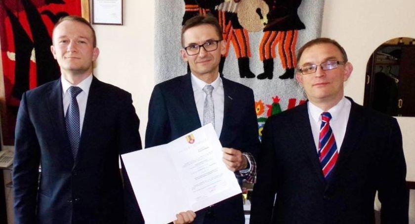 Edukacja, Łowiczu nowym dyrektorem - zdjęcie, fotografia